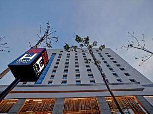 /hablis-chennai-hotel/hotel/chennai-in.html?asq=5VS4rPxIcpCoBEKGzfKvtBRhyPmehrph%2bgkt1T159fjNrXDlbKdjXCz25qsfVmYT