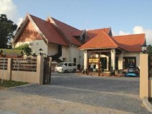 The Manor Beach Resort