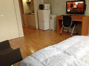 Vann Amor Apartment Minami-Gyotoku