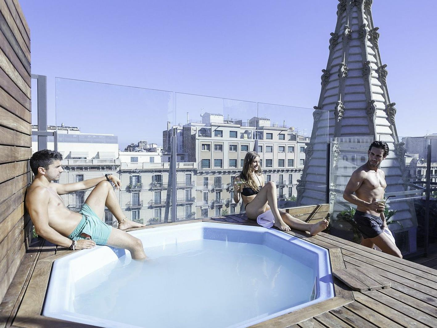 Urbany Hostel BCN Go
