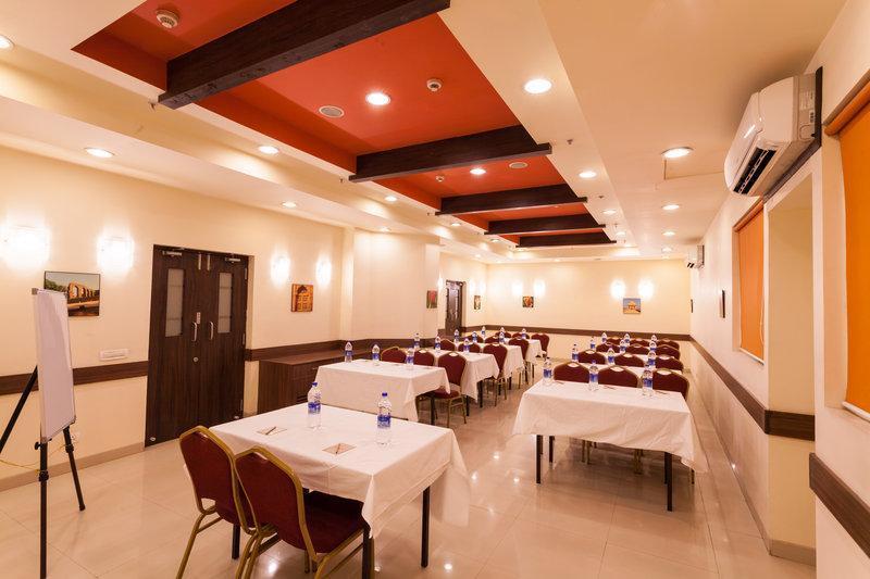 Ginger Hotel Indore