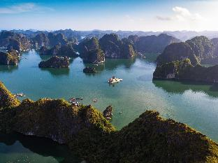 Фото отеля Unicharm Cruise Halong