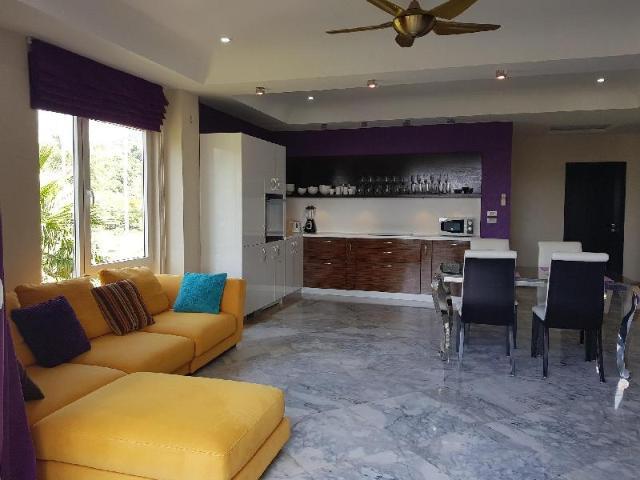 อพาร์ตเมนต์ 2 ห้องนอน 1 ห้องน้ำส่วนตัว ขนาด 186 ตร.ม. – คลองสน – Siam Royal View Penthouse Apartment