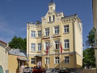 /fr-fr/meriton-old-town-hotel/hotel/tallinn-ee.html?asq=X02IkjulKqVT9arvL0UwOegMQaTieioU%2bWBP%2b395gKOMZcEcW9GDlnnUSZ%2f9tcbj