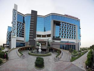 Crowne Plaza Greater Noida Hotel
