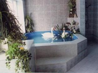 Hotel Stroomi Tallinn - Hot Tub