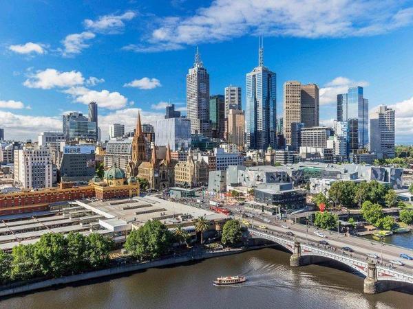 Quay West Suites Melbourne Melbourne