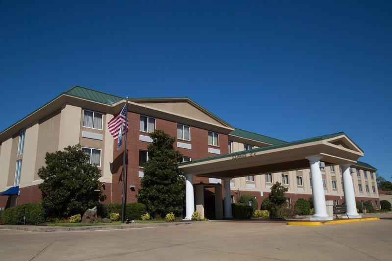 HOLIDAY INN EXPRESS HOTEL AND SUITES OXFORD