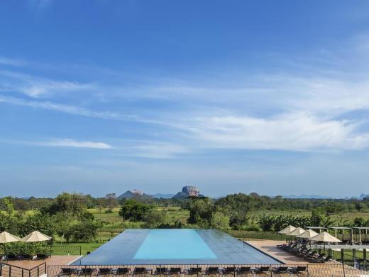 Aliya Resort and Spa