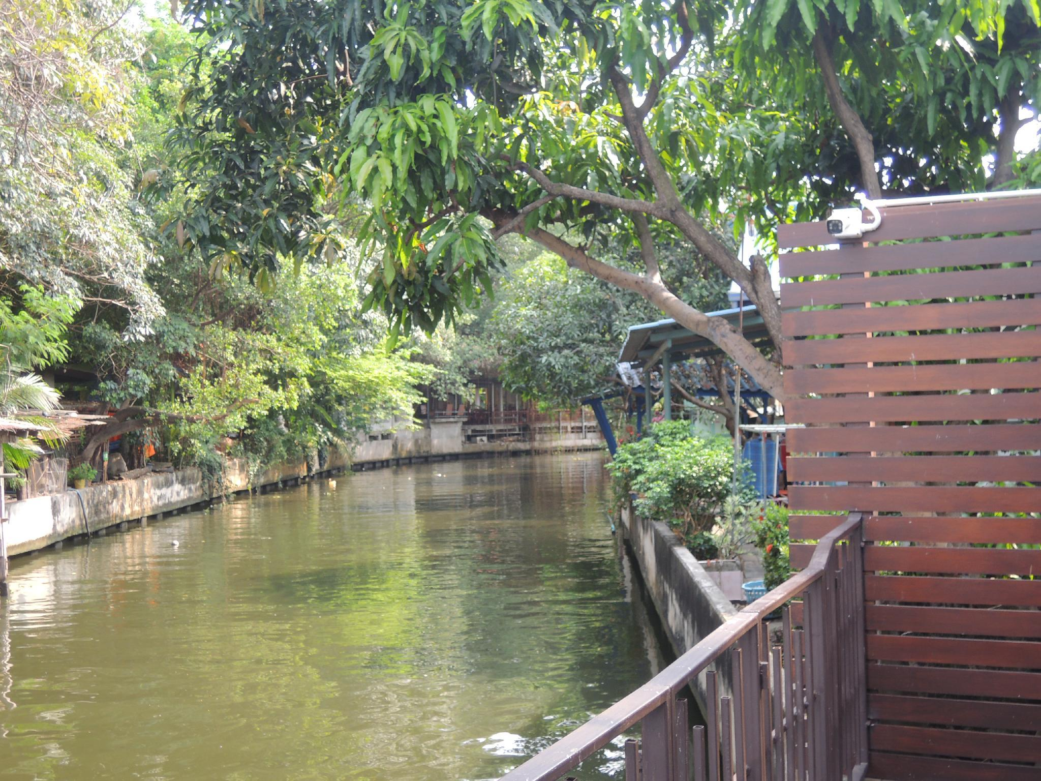 Aiims Tales Canal Boutique House Discount