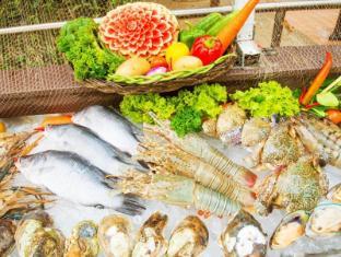 Phuket Island View Hotel Phuket - Food and Beverages
