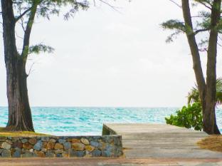 Phuket Island View Hotel Phuket - Beach