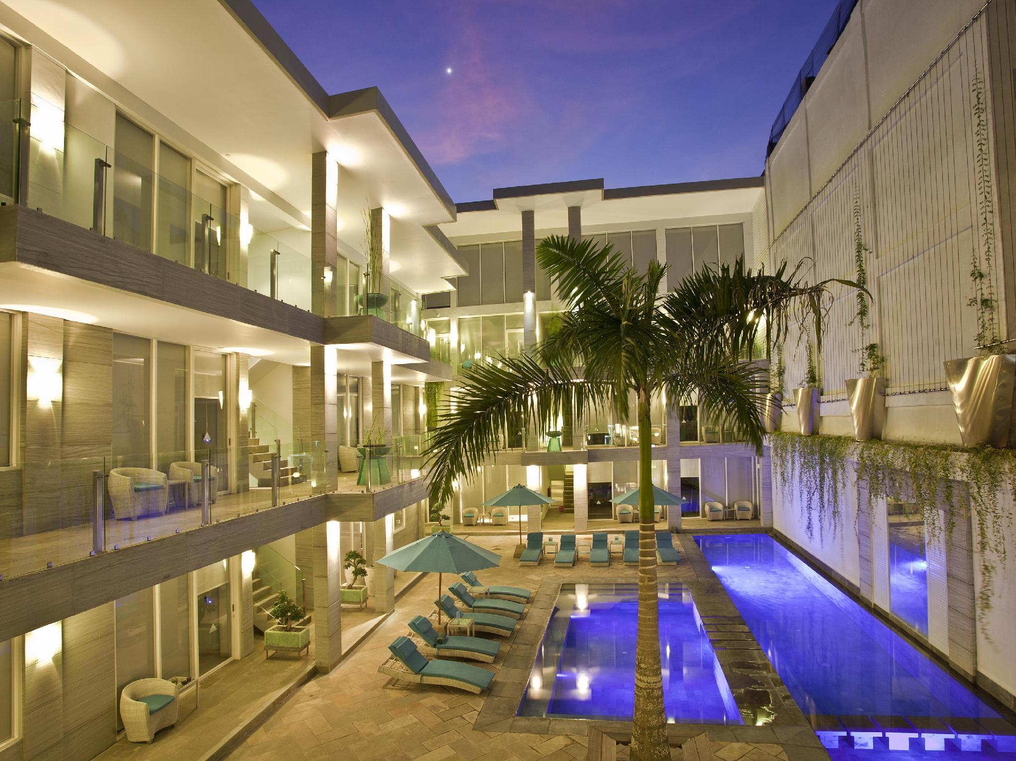 AQ VA Hotel And Villas