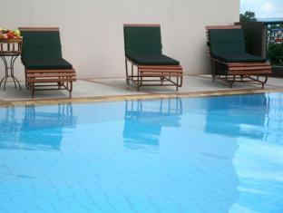 Royal Lanna Hotel Chiang Mai - Swimming Pool