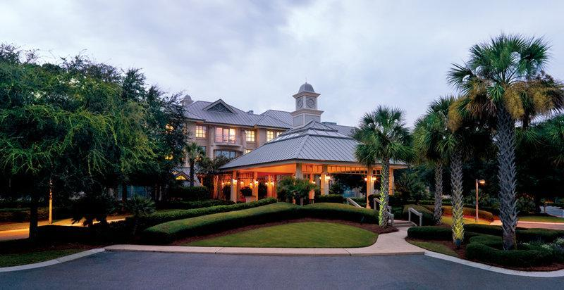Inn And Club At Harbour Town