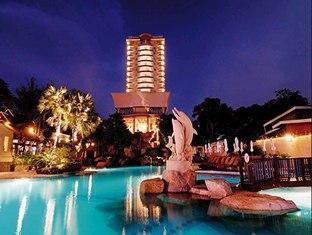 Long Beach Garden Hotel & Spa Pattaya - Swimming Pool