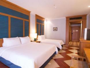 Long Beach Garden Hotel & Spa Pattaya - Colonial Style
