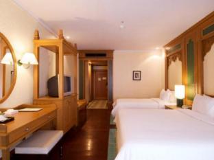 Long Beach Garden Hotel & Spa Pattaya - Bali Style
