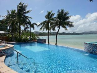 Santa Fe Hotel Guam - Bazén