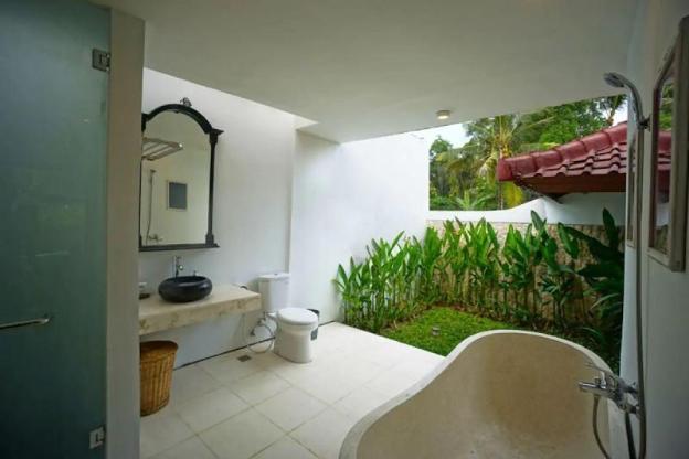 1BR LUXURY VILLA w/ PRIVATE Pool in UBUD CENTER V3