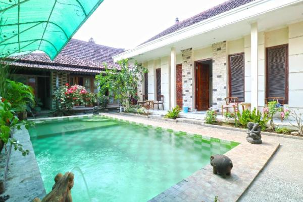 Nira Guest House Bali