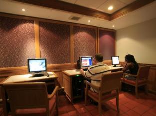 Sunset Beach Resort Phuket - Guest Room