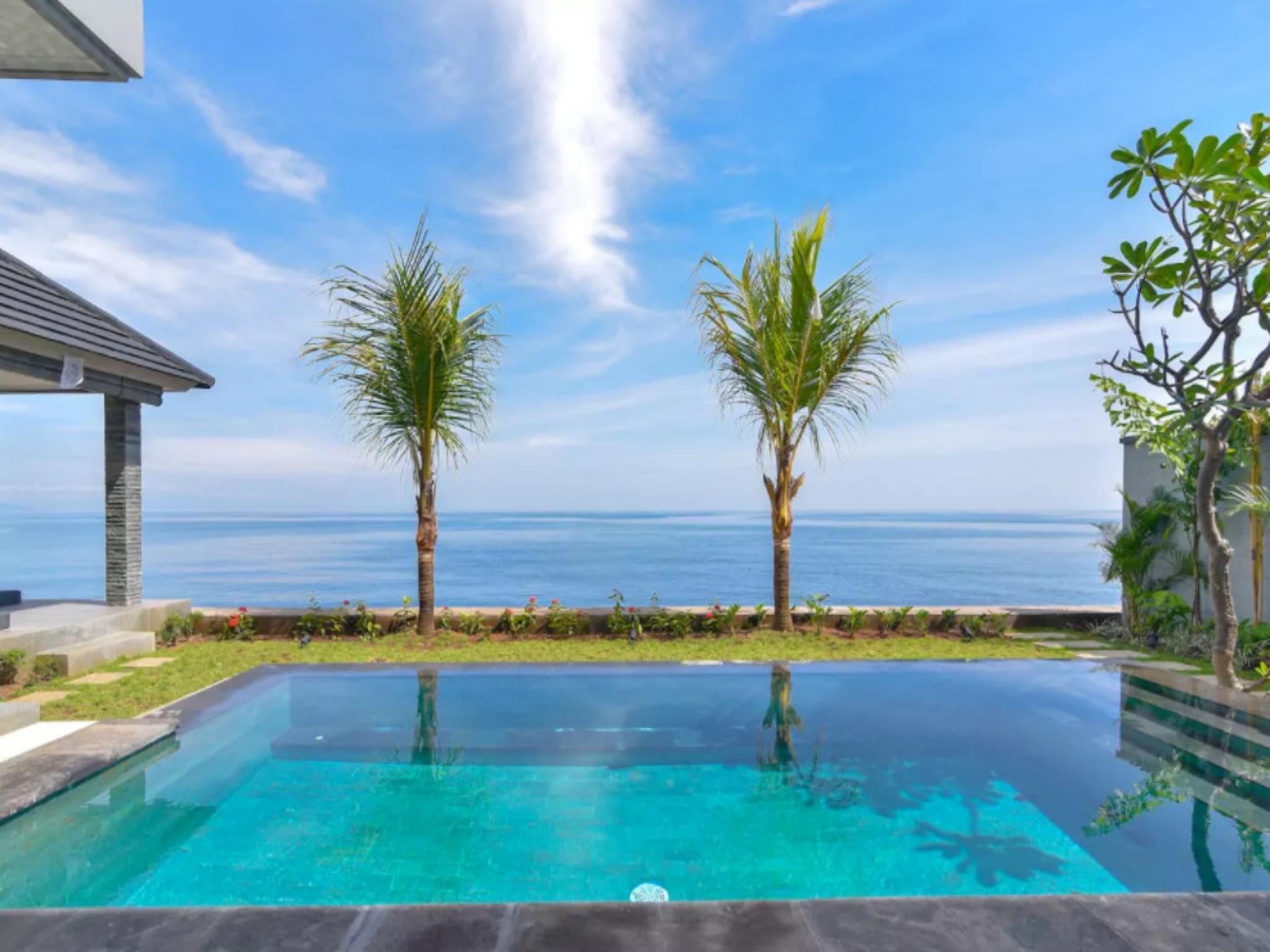 Villa Sean   Private LUXURY BEACH FRONT Villa