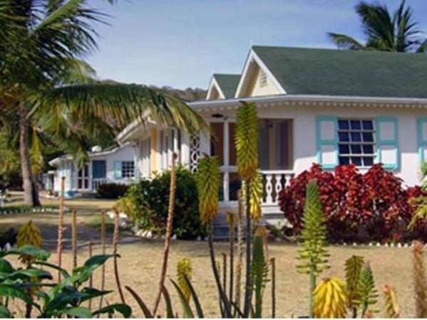 Oualie Beach Resort New Castle