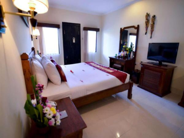 Aneka Family room at Lovina #1 Bali