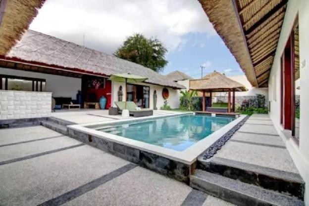 Amazing 2 Villa 7BR Private Modern Villa in Umalas