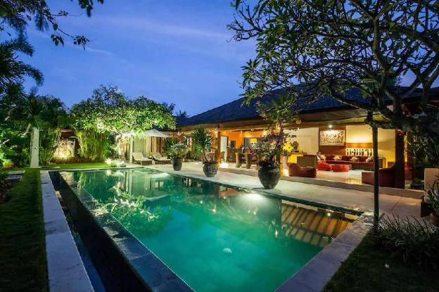 Rare Hidden Central Seminyak-Oberoi Private Villa