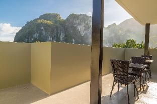 picture 4 of Coral Cliff Hotel