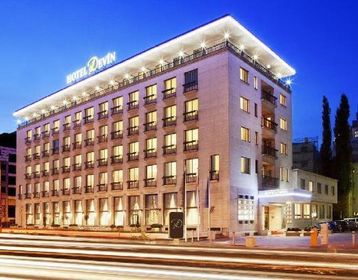 Hotel Devin