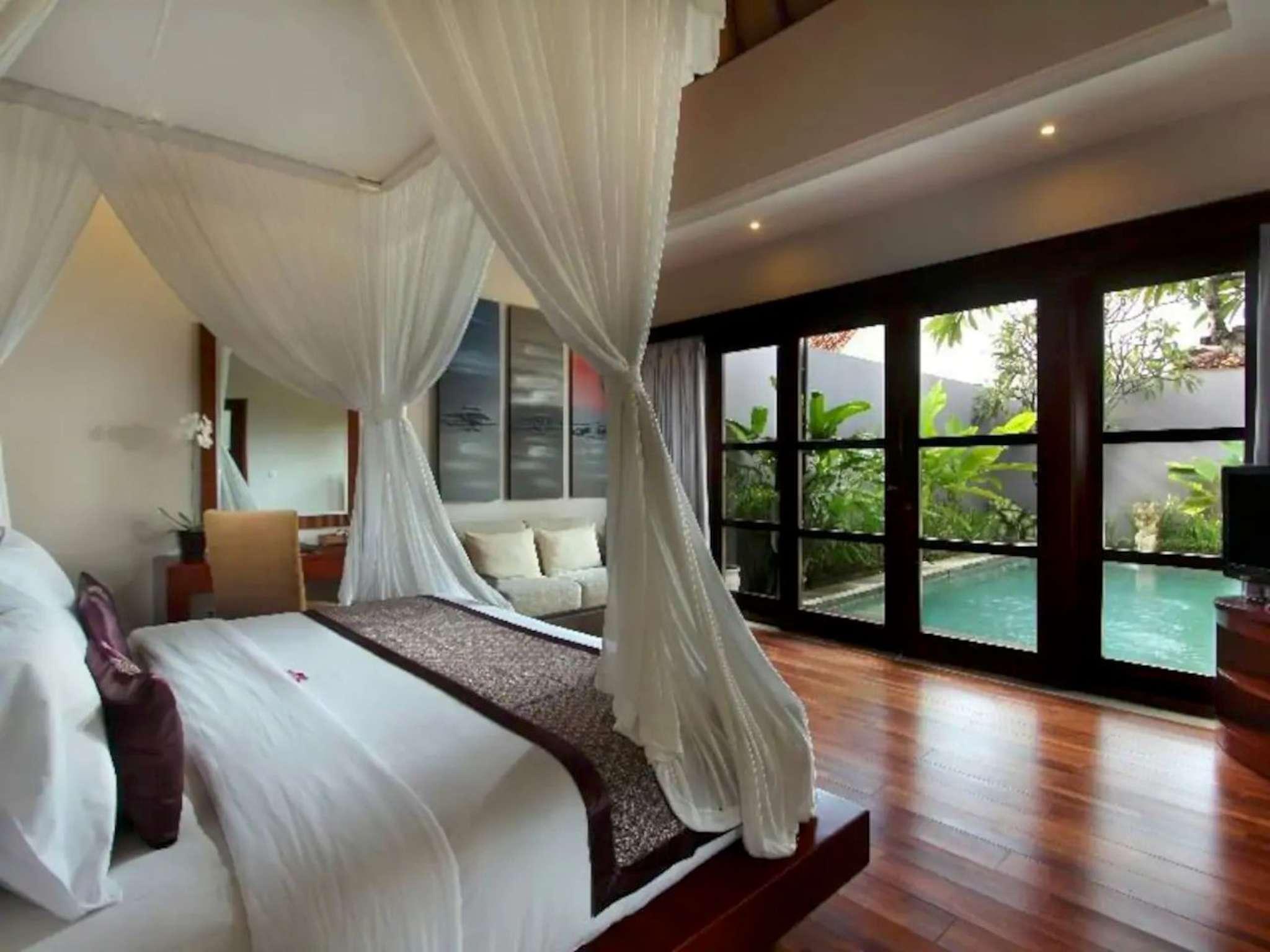 Luxury 1BR Private Villa @ Seminyak
