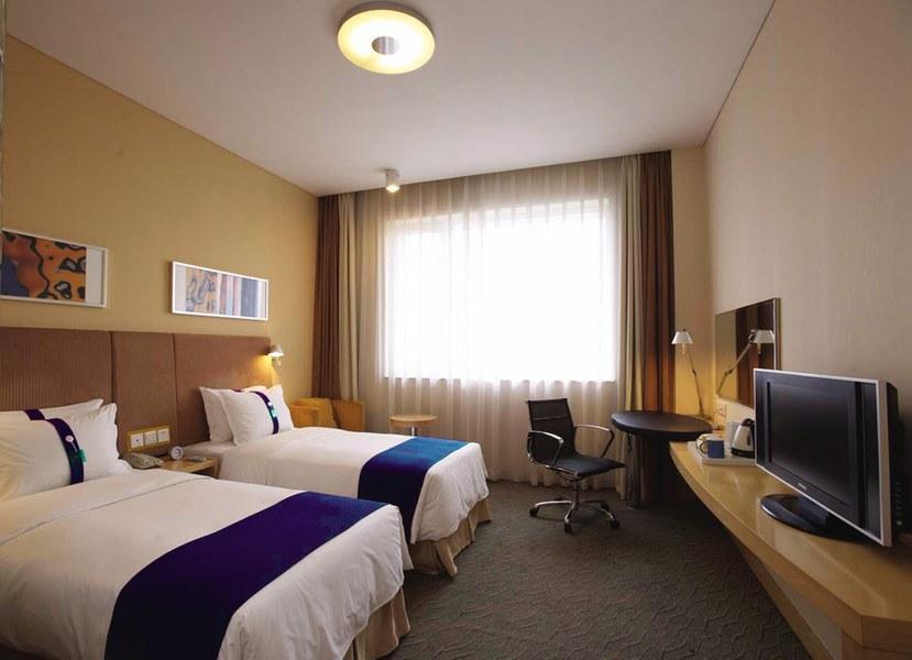 Holiday Inn Express Shaoxing Paojiang