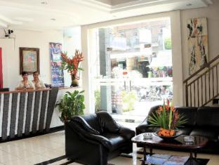 Legian Village Hotel Bali - Vestíbulo