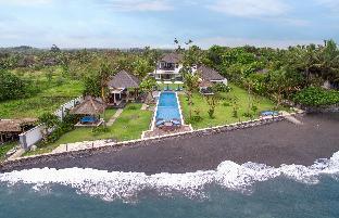 BougainVilla Bali - 5 bedrooms beach house Tegal Kota