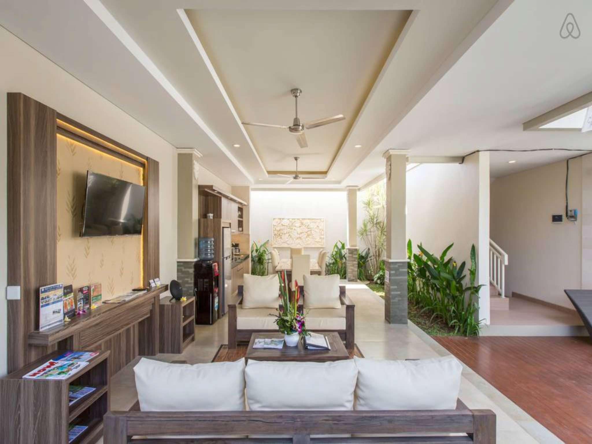3 Bedroom Villa Iberis At Jimbaran
