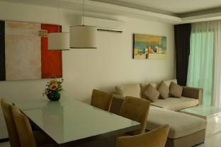 2 Bedroom Apartment with City View @ Kamala