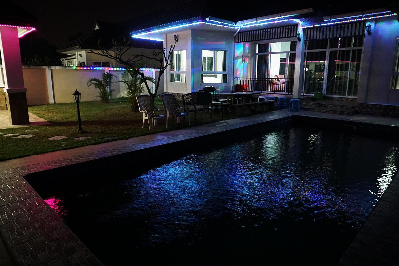 River Side Pattaya ริเวอร์ ไซด์ พัทยา