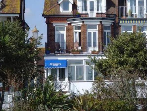 Breakers Guest House Eastbourne
