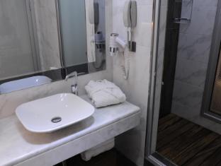 Hotel Grand Star Istanbul - Bathroom