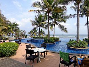 Radisson Blu Temple Bay Resort at Mahabalipuram