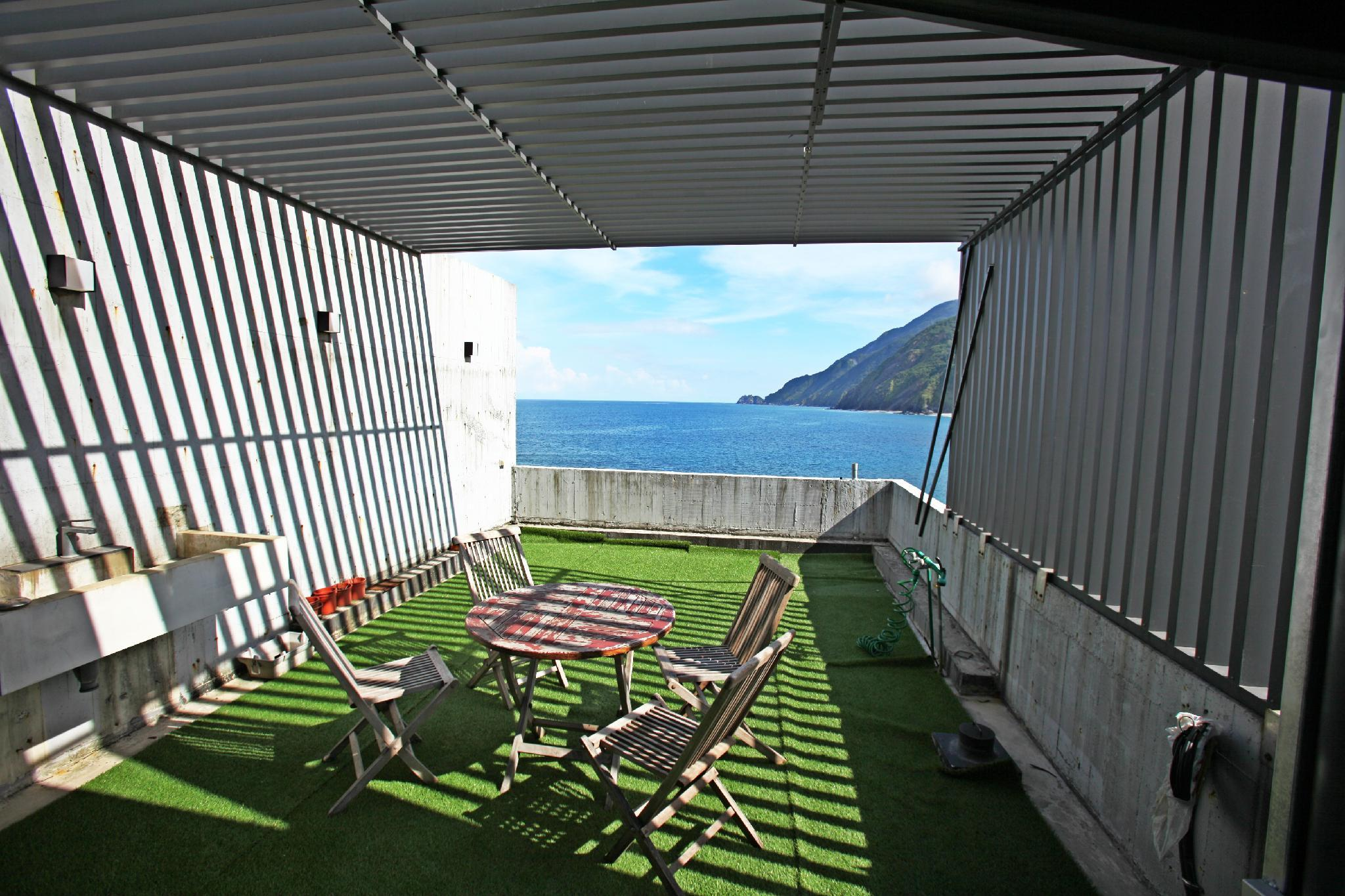W Beach House Just Steps To The Beach 3 4 People
