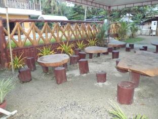 picture 3 of Villa Limpia Beach Resort