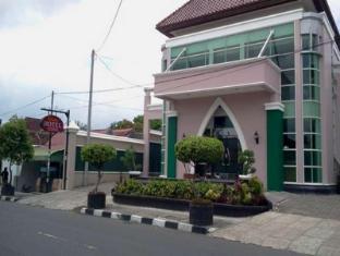 DCokro Hotel