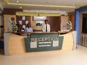 โฮเต็ล นีลคานธ์ - ซาฮารา (Hotel Neelkanth-Sahara)