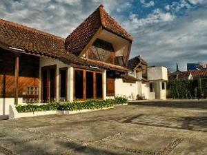 Tujuh Bidadari Holiday Home