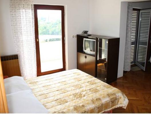 Adria Apartments