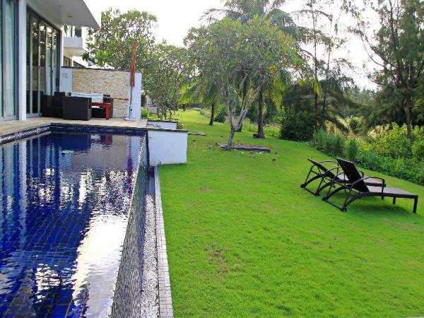Luxury 4 Bedroom Pool Villa at 5*Resort in SonTra Da Nang